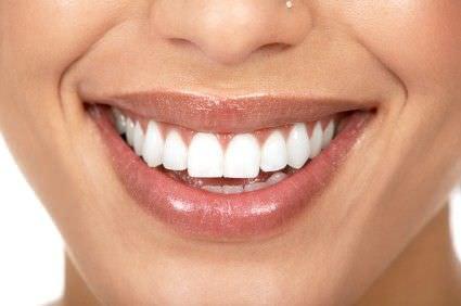 como blanquear los dientes con bicarbonato de sodio y peroxido