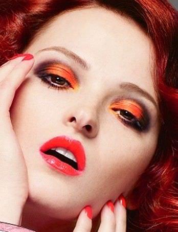 como aplicar sombra coral y naranja