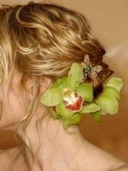 como hacer un mono con flores