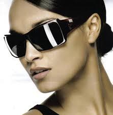 4 Consejos para ayudarle a elegir la gafas de sol adecuadas
