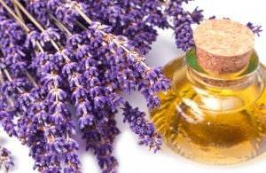 Usos y Beneficios del Aceite de Lavanda para la Belleza4