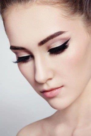 10 Estilos Festivos de Maquillaje para Navidad4