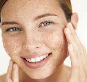 Exfoliador Facial Casero con Ingredientes Naturales1