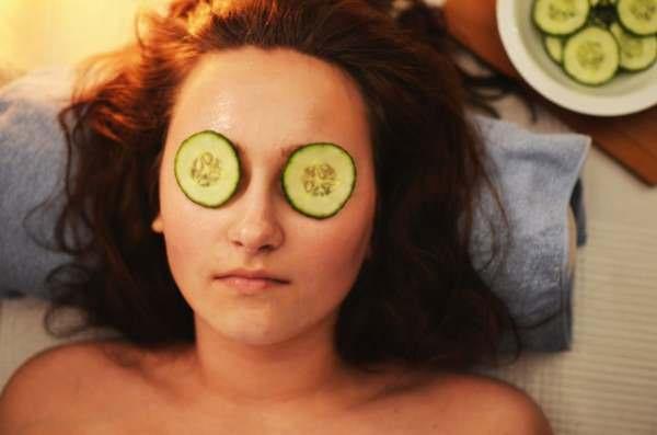 Mantenga su piel sana con remedios caseros.